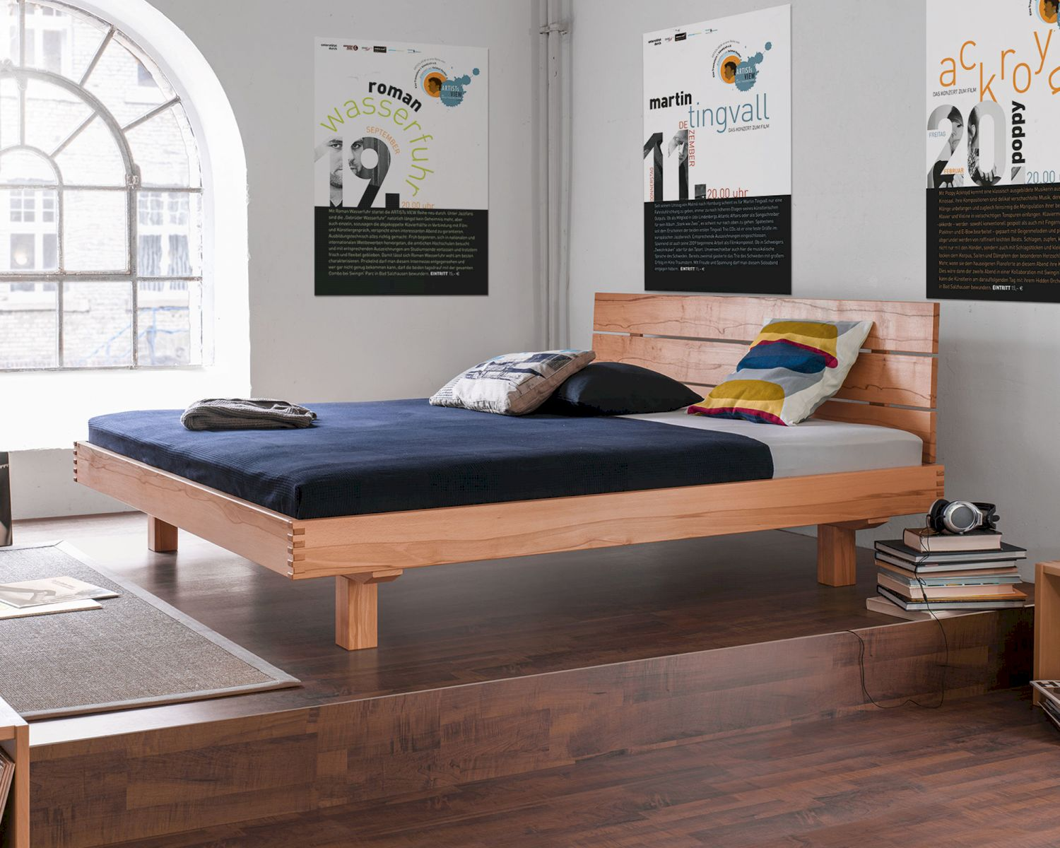 dormiente massivholz bett plain bestellen. Black Bedroom Furniture Sets. Home Design Ideas