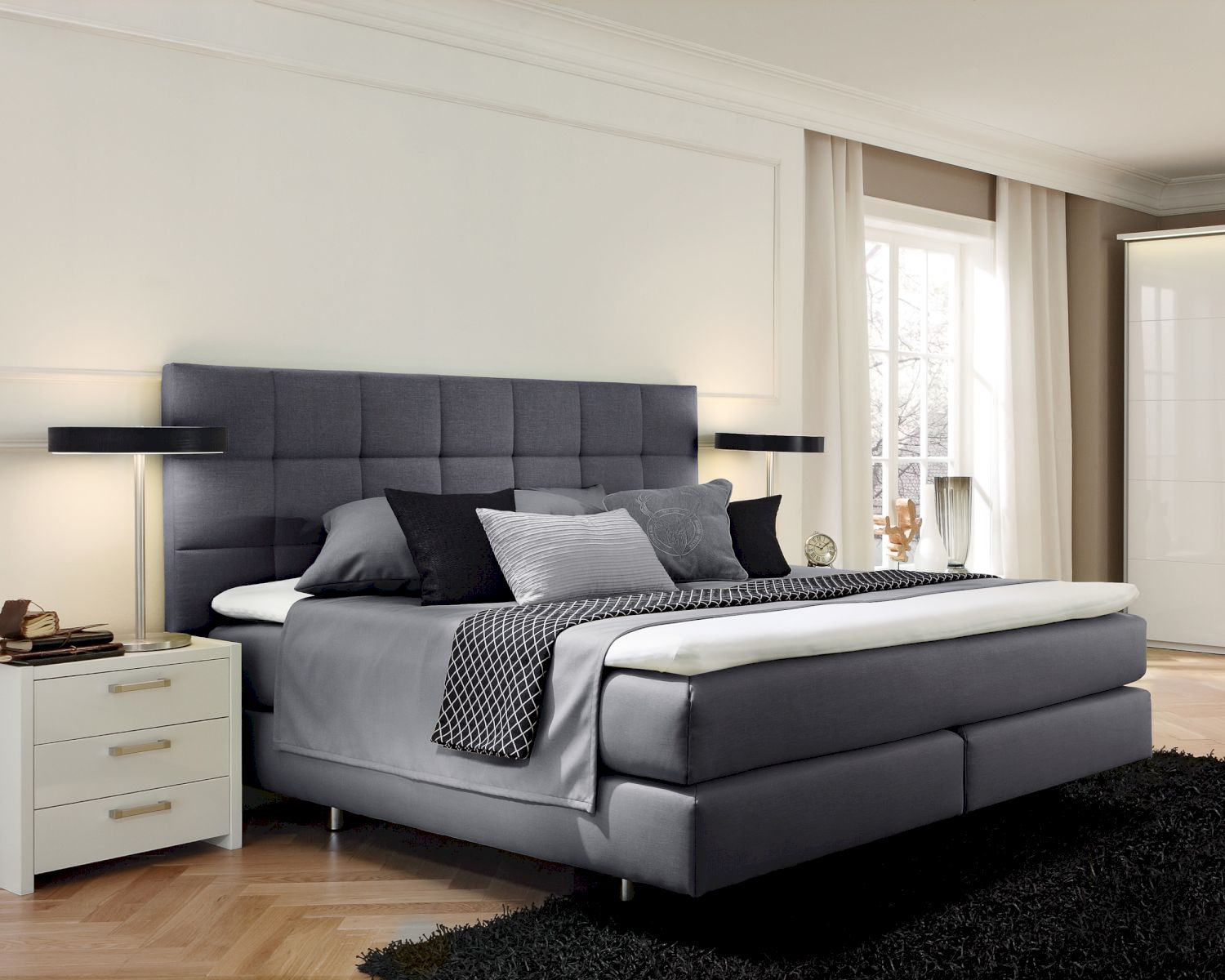 femira couture toronto q boxspringbett bei. Black Bedroom Furniture Sets. Home Design Ideas