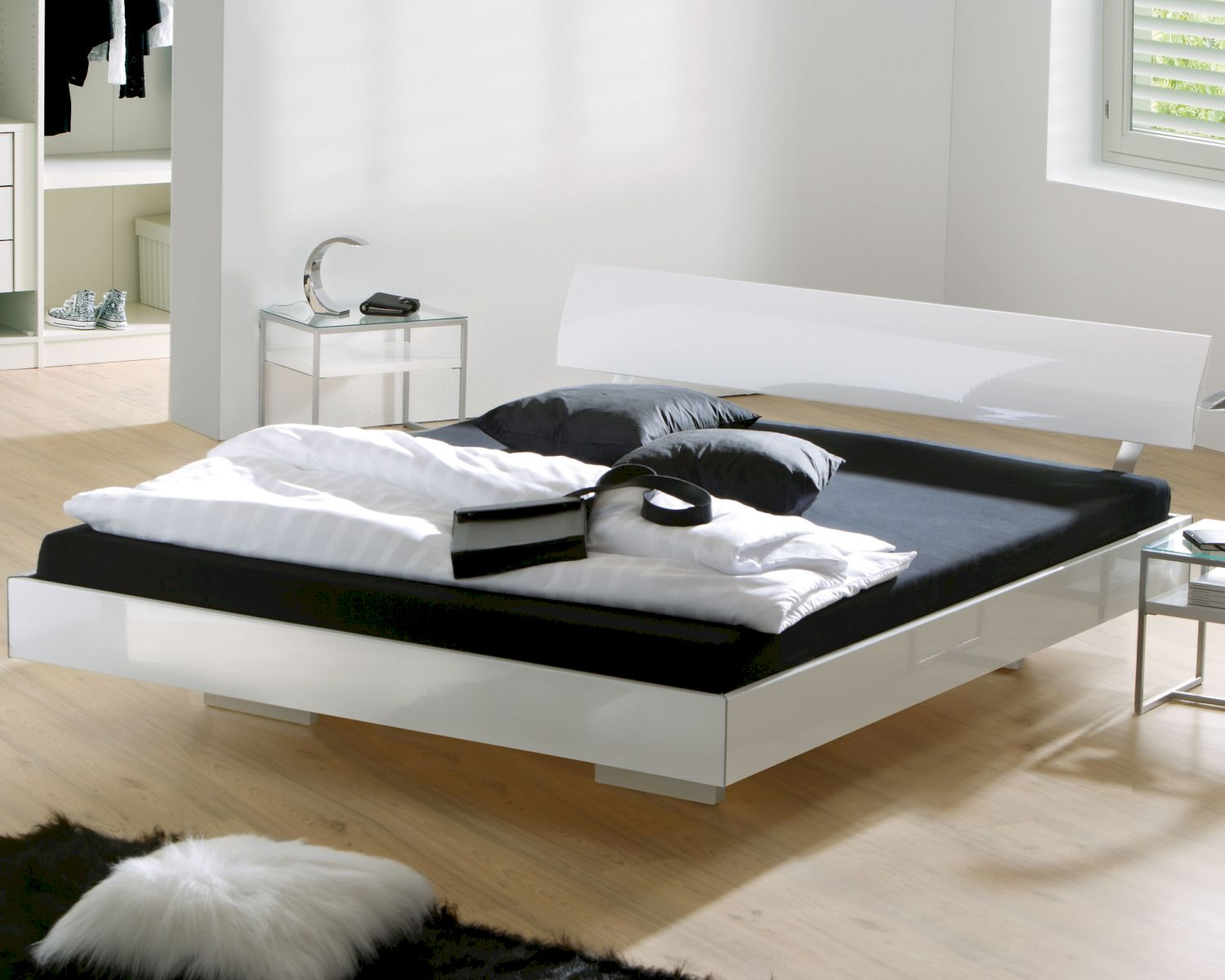hasena movie line bett gloss vilo spyd bei. Black Bedroom Furniture Sets. Home Design Ideas